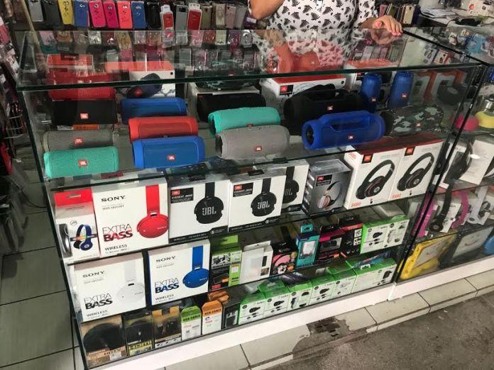 Photo of Polícia realiza Operação Réplica e apreende equipamentos falsos em três shoppings de JP